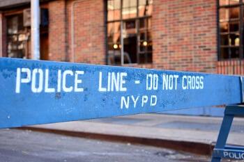 NYPD_line_BG